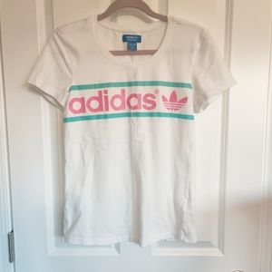 Vintage-style Adidas T-Shirt